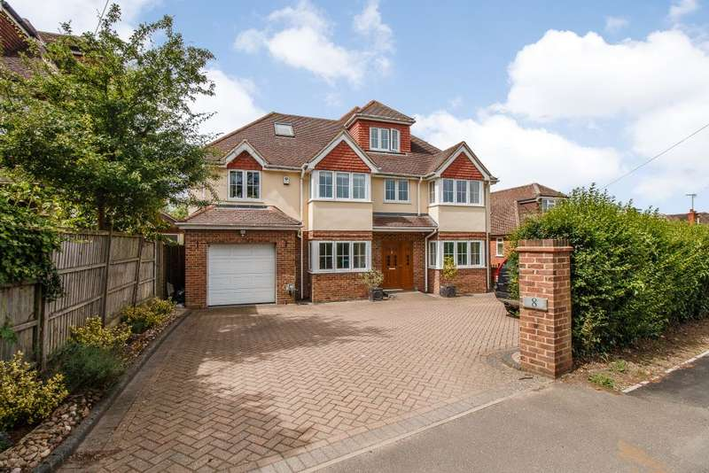 6 Bedrooms Detached House for sale in Matthewsgreen Road, Wokingham, Berkshire RG41