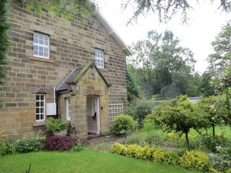 3 Bedrooms Detached House for sale in Station Cottages, Ashbourne Road, Belper