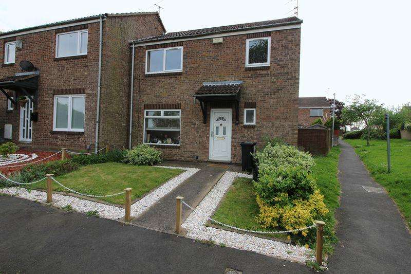 3 Bedrooms End Of Terrace House for sale in Cains Close, Kingswood, Bristol