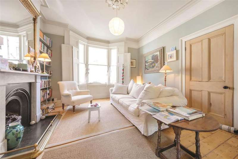 4 Bedrooms Terraced House for sale in Disraeli Road, SW15