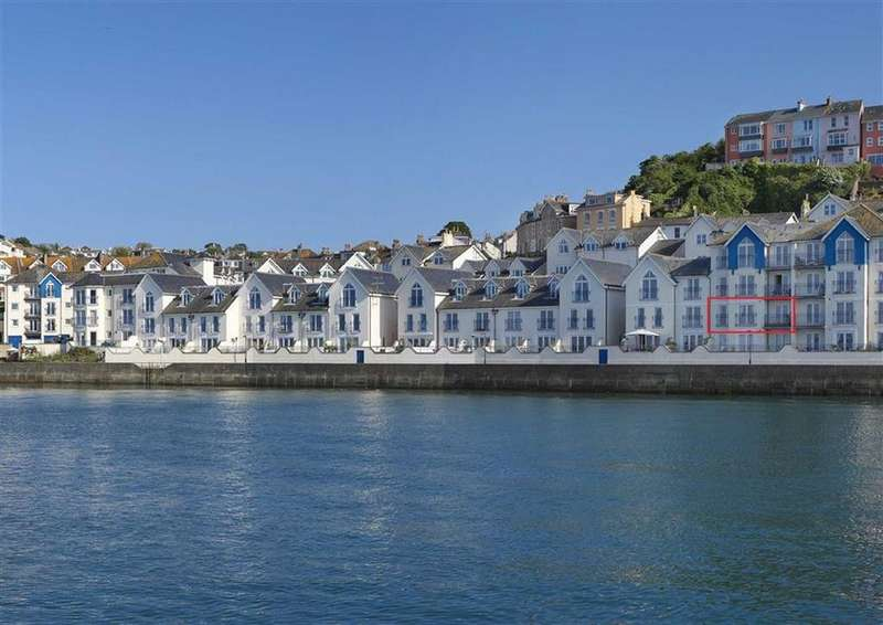 2 Bedrooms Flat for sale in Moorings Reach, Harbour Area, Brixham, TQ5