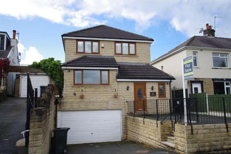 4 Bedrooms Detached House for sale in Moorside Road, Bradford, BD2