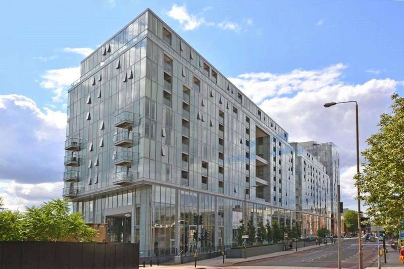 3 Bedrooms Penthouse Flat for sale in Adagio Point, 3 Laban Walk, Deptford, London, SE8