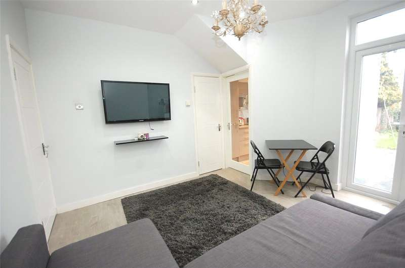 2 Bedrooms Flat for sale in Queens Road Finchley London