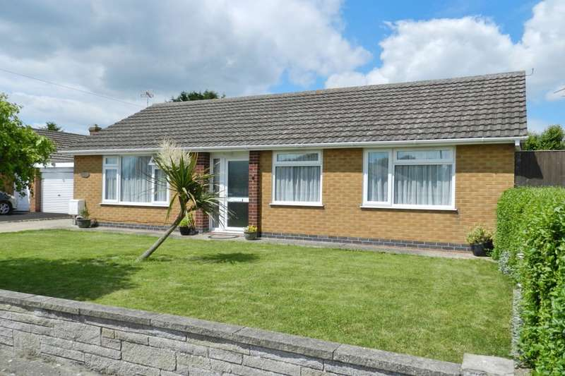 3 Bedrooms Detached Bungalow for sale in Hillside Avenue, Sutton-On-Sea, Mablethorpe, LN12
