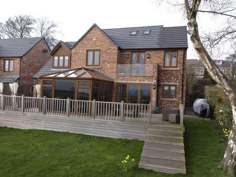 4 Bedrooms Detached House for sale in Doncaster Road, Ardsley