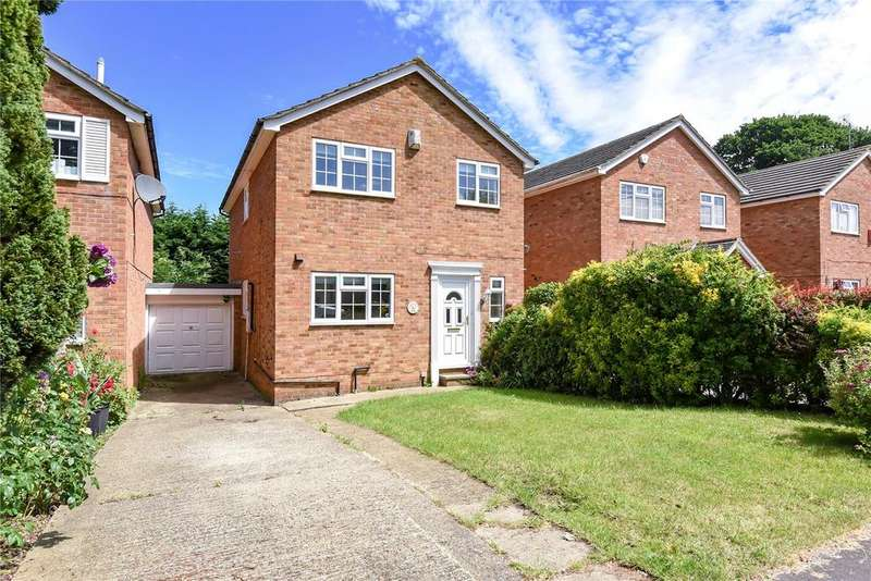 4 Bedrooms Link Detached House for sale in Washington Drive, Windsor, Berkshire, SL4