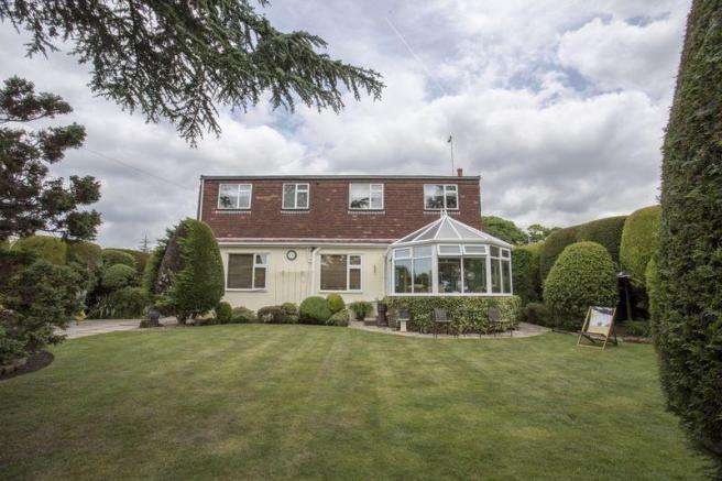 5 Bedrooms Detached House for sale in The Crescent, Liverpool Road South, Maghull