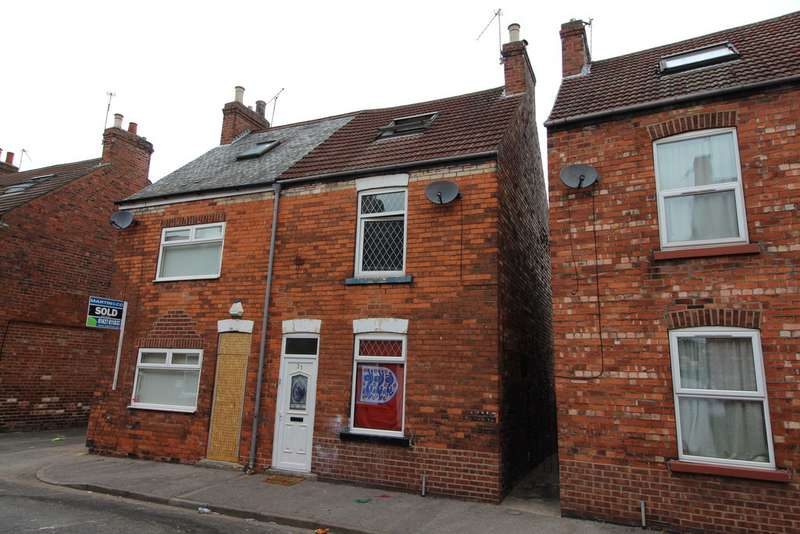 Property for sale in Tower Street, Gainsborough DN21