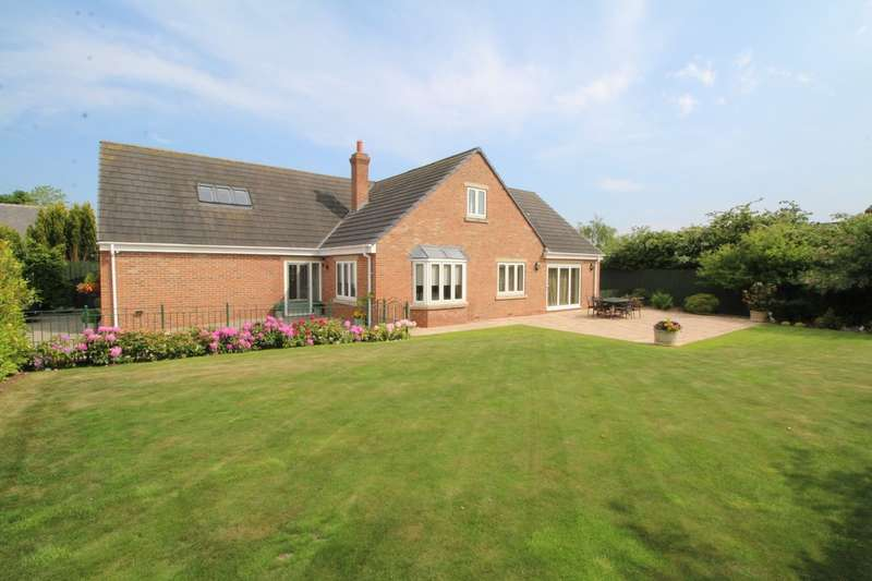 4 Bedrooms Detached House for sale in Front Street South, Trimdon Village