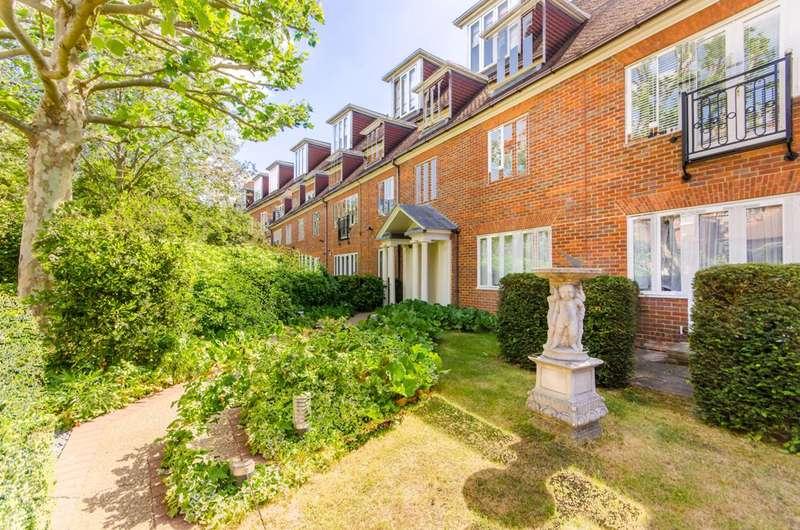 3 Bedrooms Flat for sale in Nursery Road, Wimbledon, SW19