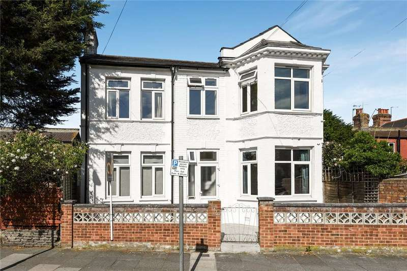 4 Bedrooms Detached House for sale in Meads Road, Wood Green, London, N22
