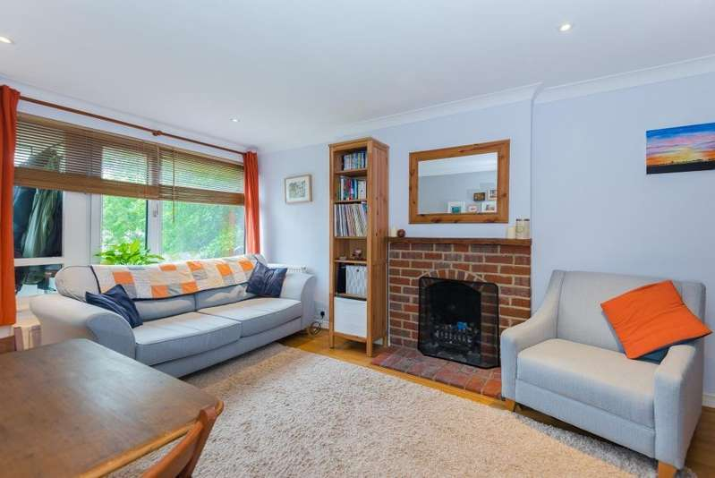 2 Bedrooms House for sale in Waterside, Chesham