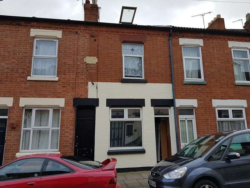 4 Bedrooms Town House for sale in Avon Street, Highfields, Leicester, LE2