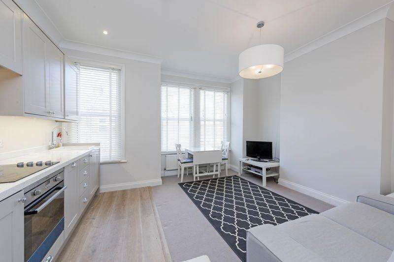 2 Bedrooms Apartment Flat for sale in Credenhill Street, London
