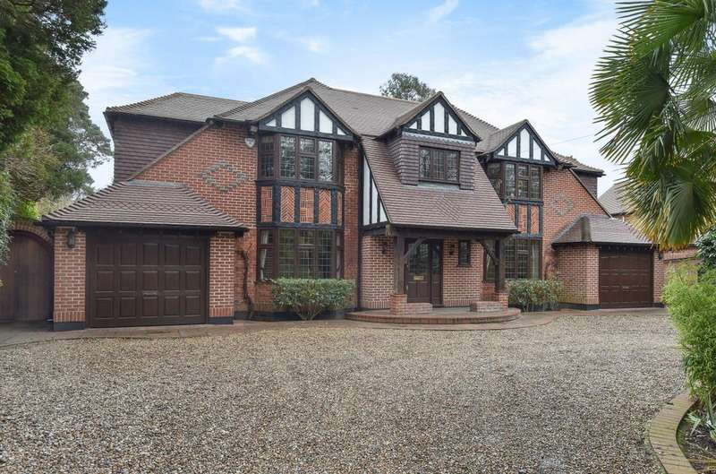 5 Bedrooms Detached House for sale in Orpington Road, Chislehurst, Kent, BR7 6RA
