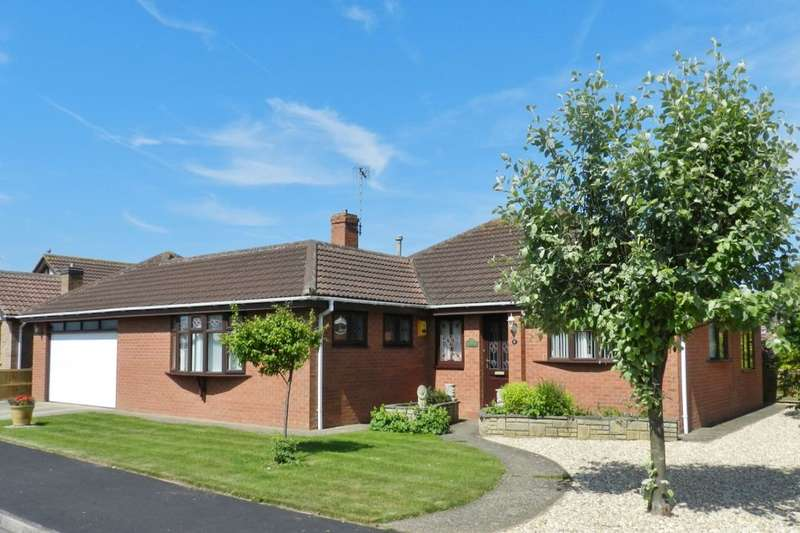 3 Bedrooms Detached Bungalow for sale in Park View, Sutton-On-Sea, Mablethorpe, LN12