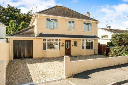 4 Bedrooms Detached House for sale in Torpoint, Cornwall, England