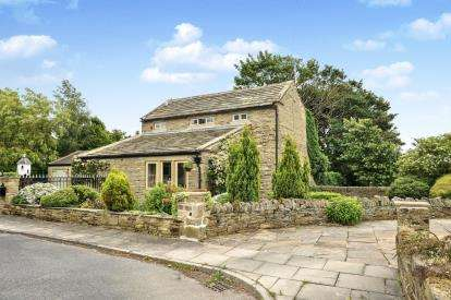 4 Bedrooms Barn Conversion Character Property for sale in Woodhall Hills, Calverley, Pudsey, West Yorkshire