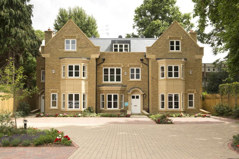 4 Bedrooms Terraced House for sale in Hampton Wick