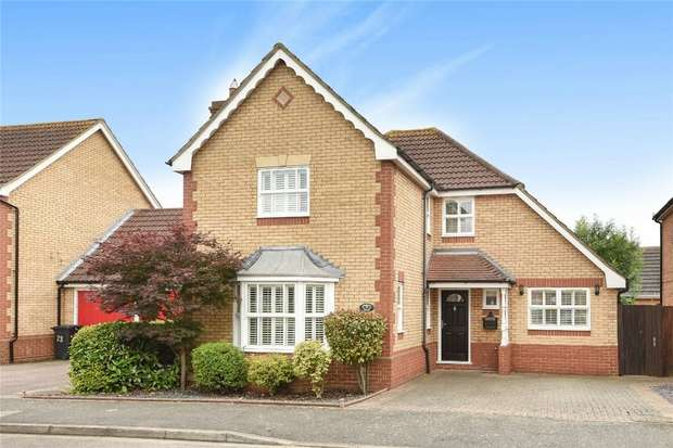 4 Bedrooms Detached House for sale in Denton Drive, Marston Moretaine, Bedford