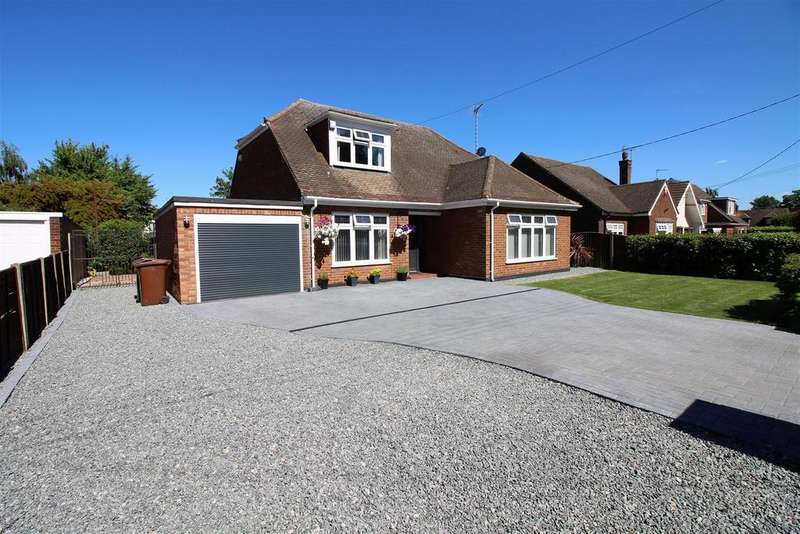 4 Bedrooms Detached Bungalow for sale in Recreation Avenue, Old Corringham, Stanford-Le-Hope