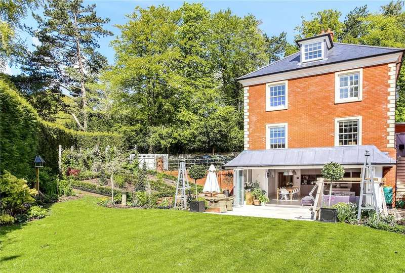 5 Bedrooms Detached House for sale in The Holt, Sleepers Hill, Winchester, Hampshire, SO22