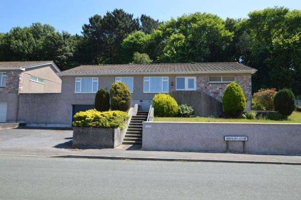 4 Bedrooms Detached Bungalow for sale in Greenhill Close, Plymouth, Devon