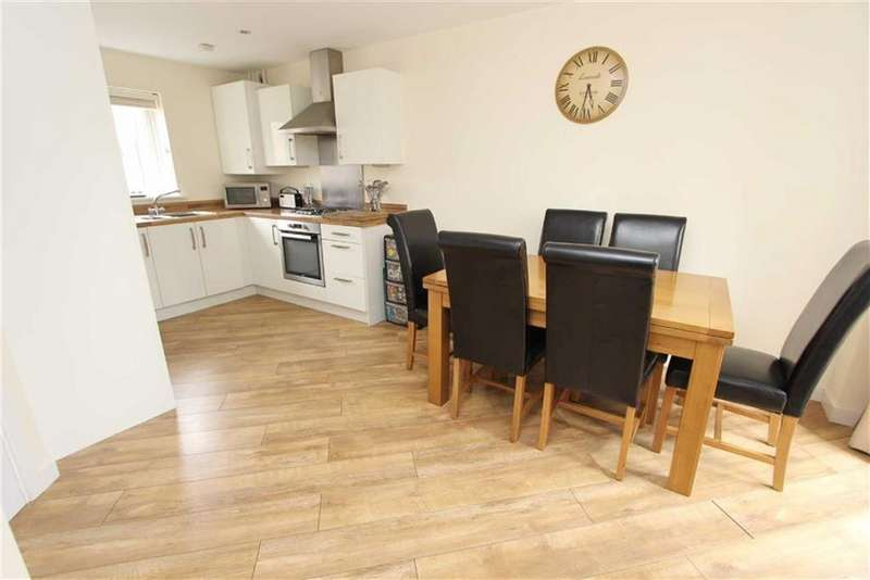3 Bedrooms Semi Detached House for sale in Dunnock Drive, Leighton Buzzard