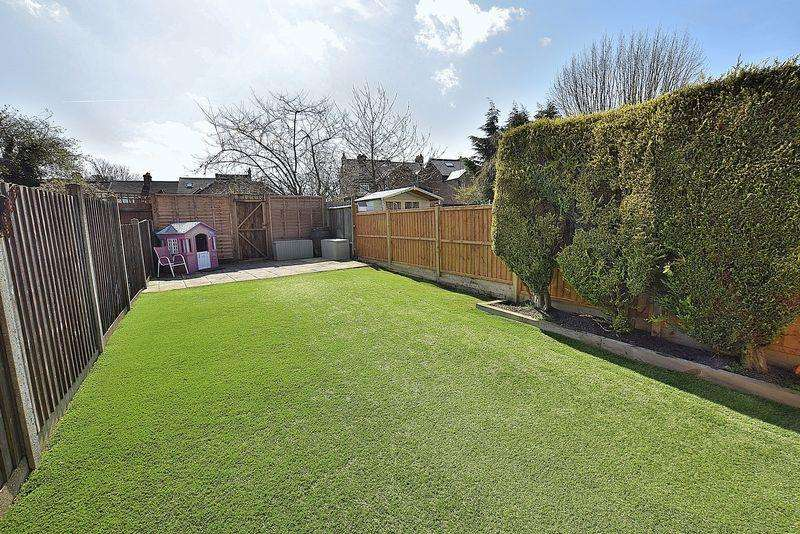 3 Bedrooms Terraced House for sale in Union Street, Central Dunstable