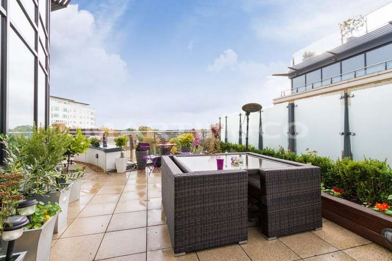 3 Bedrooms Penthouse Flat for sale in PENTHOUSE - Kew Bridge Development
