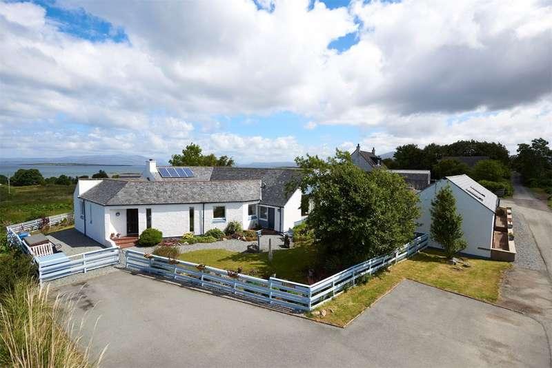 3 Bedrooms Detached House for sale in 1 Harrapool, Broadford, Isle of Skye, IV49