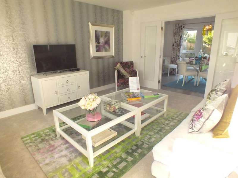 5 Bedrooms Detached House for sale in Blunsdon