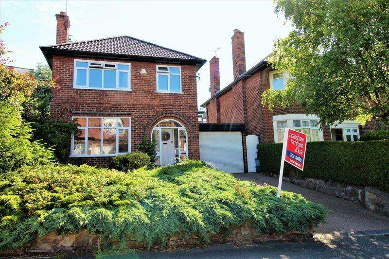 3 Bedrooms Detached House for sale in Sandy Lane, Boughton, Chester