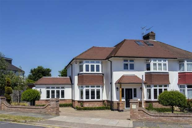 4 Bedrooms Semi Detached House for sale in Cranleigh Gardens, Grange Park, N21