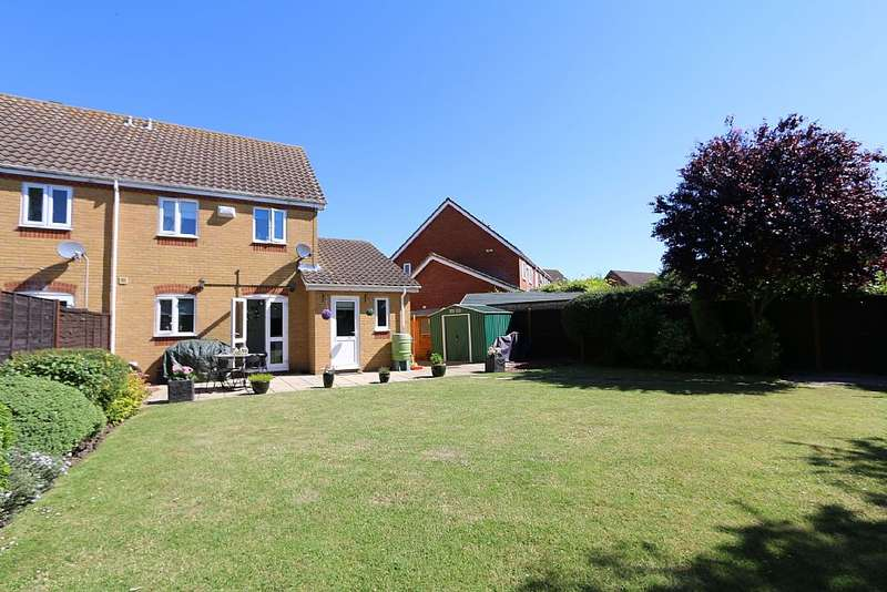 4 Bedrooms Semi Detached House for sale in Ramerick Gardens, Arlesey, Bedfordshire, SG15 6XZ