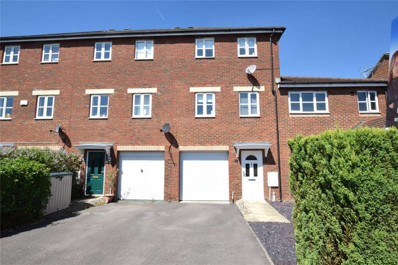 3 Bedrooms Terraced House for sale in Chuff Corner, Warfield, Berkshire, RG42
