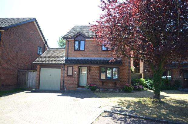 4 Bedrooms Detached House for sale in Isis Close, Winnersh, Wokingham