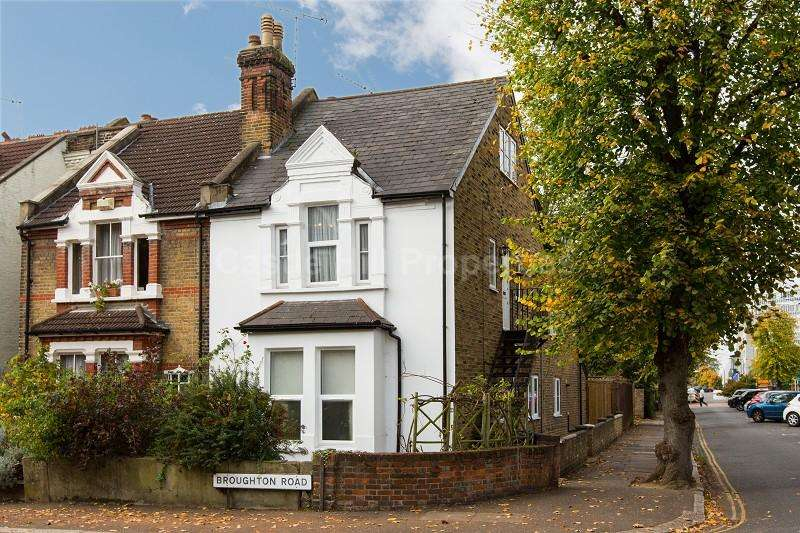 2 Bedrooms Flat for sale in Broughton Road, West Ealing, Greater London. W13