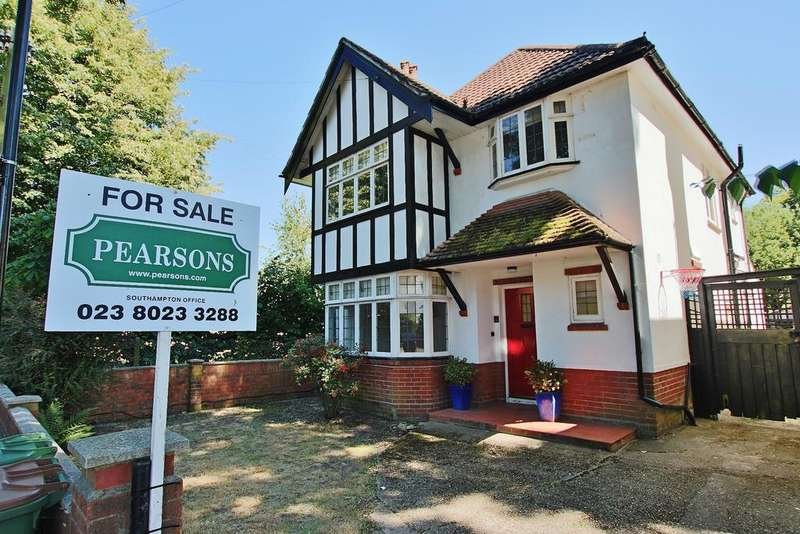 4 Bedrooms Detached House for sale in Banister Park, Southampton