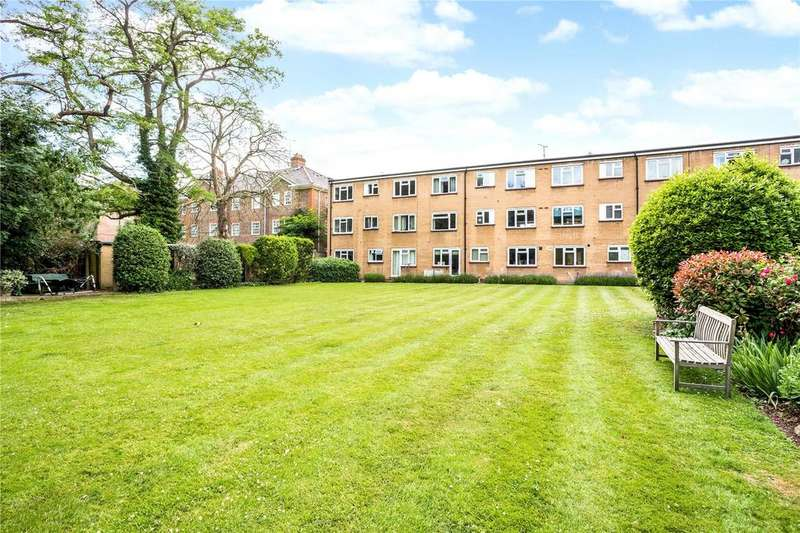 2 Bedrooms Flat for sale in Zetland Court, 28 Ray Park Avenue, Maidenhead, SL6