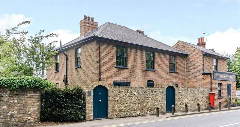 6 Bedrooms Unique Property for sale in Rickmansworth Road, Chorleywood, Hertfordshire, WD3