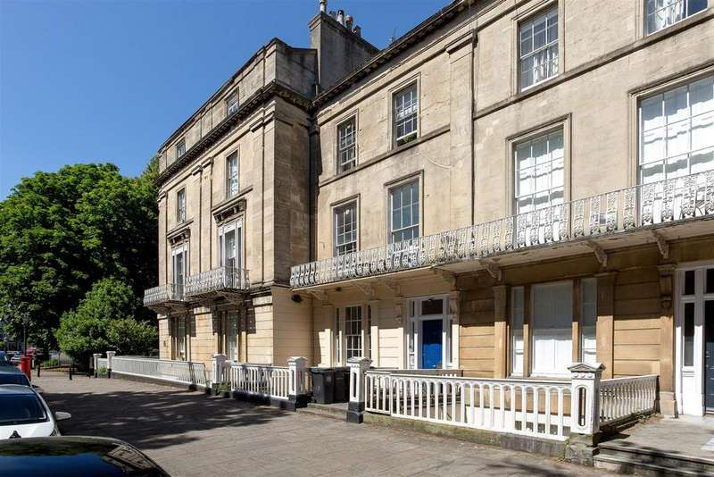 2 Bedrooms Apartment Flat for sale in Lansdown Place, Bristol