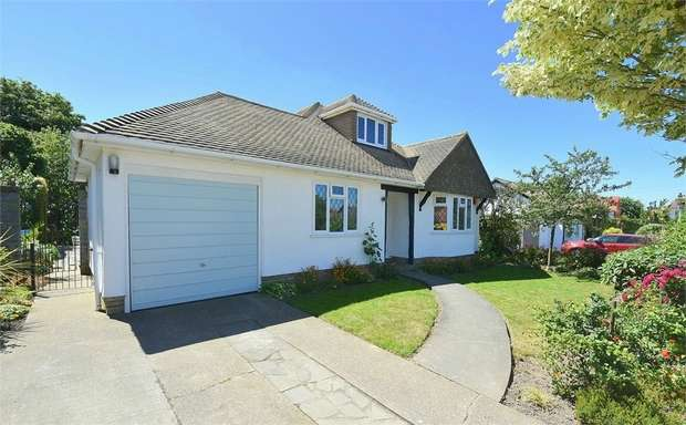 3 Bedrooms Detached Bungalow for sale in First Avenue, Kingsgate, Kent
