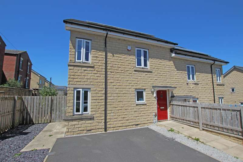 4 Bedrooms Semi Detached House for sale in Vale Street Darwen BB3 1DG
