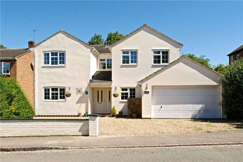 5 Bedrooms Detached House for sale in London Road, Loughton, Milton Keynes, Buckinghamshire