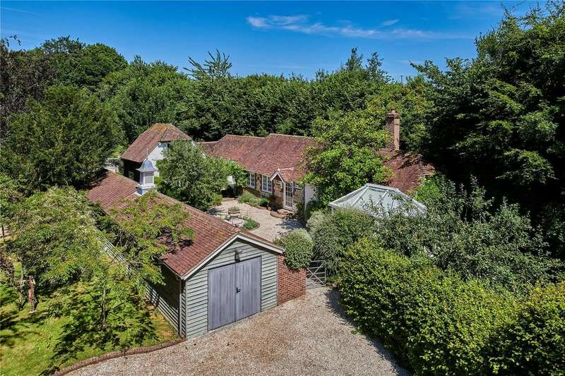 3 Bedrooms Detached House for sale in Mill Lane, Cocking, Midhurst, West Sussex