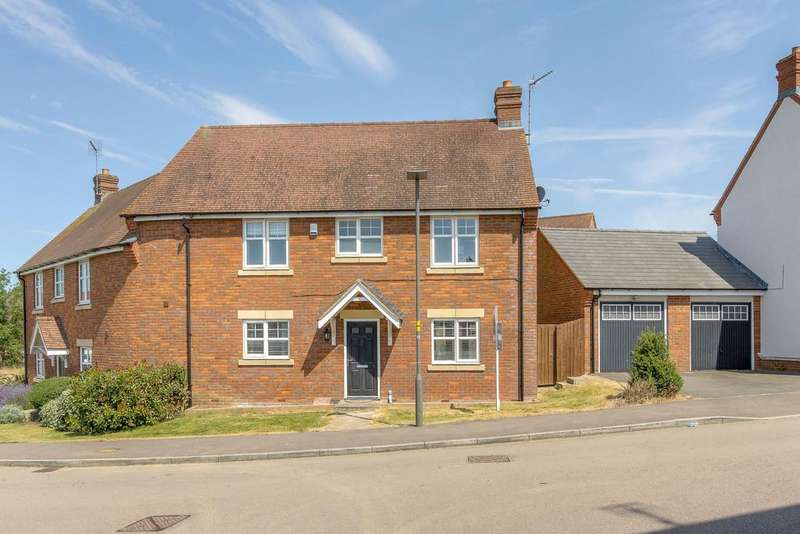 3 Bedrooms Semi Detached House for sale in Stocks Lane, Winslow