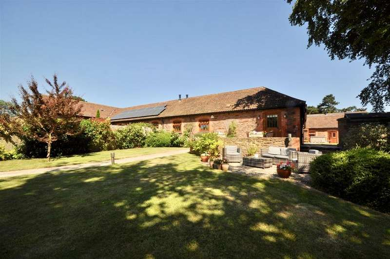 4 Bedrooms Semi Detached House for sale in Farringdon, North Petherton Just under 1 Acre