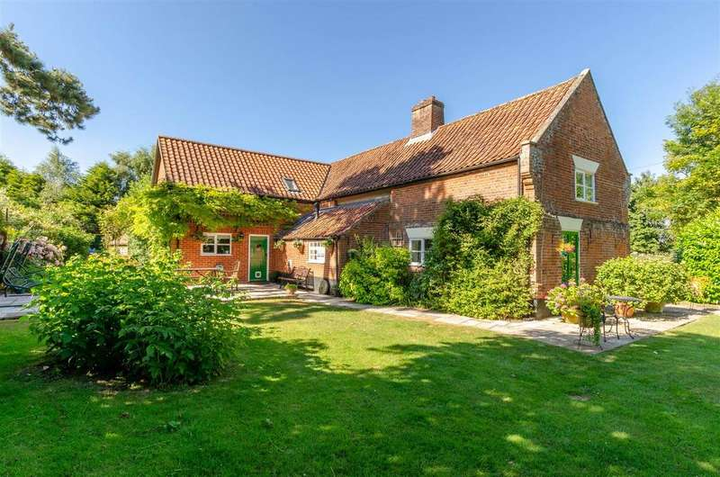 4 Bedrooms House for sale in Wymondham, NR18